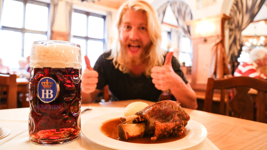Pork Knuckle and HB Dunkel